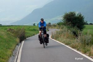 Mit dem Rad sammelte Markus Sterthaus Spenden (© privat)