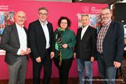 v.l.n.r.: Volker Geyer, Andreas Hemsing, Sandra van Heemskerk, Heinz Ossenkamp (Ehrenvorsitzender der komba gewerkschaft), Christoph Busch