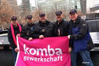 NY-Besuch 2017: Dirk Stratmann (Mitte) gemeinsam mit den Feuerwehr- und FB-Kollegen Heinz Mentrup, Valentino Tagliafierro, Bernd Schulzki und Sebastian Willer (v.l.n.r.). (Foto: © privat)